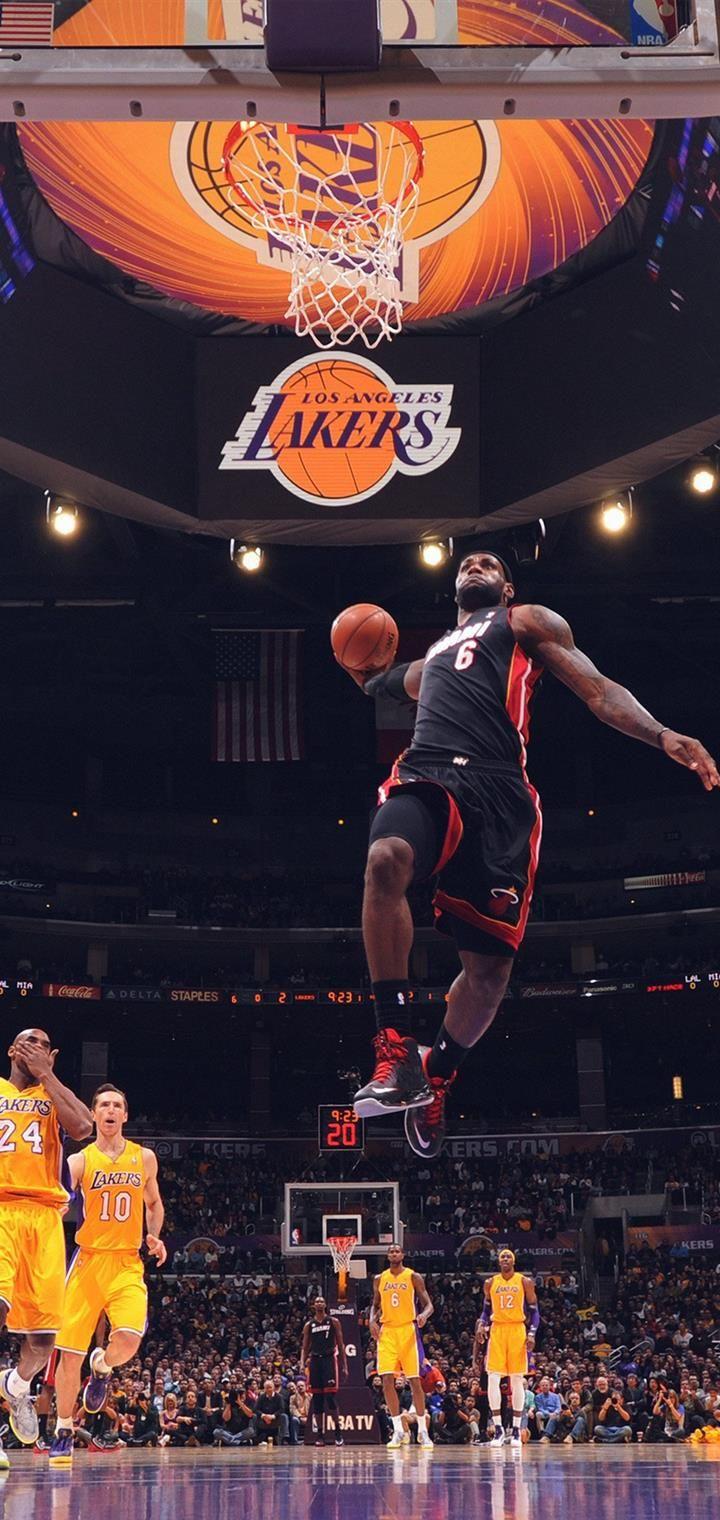 Lebron James NBA Basketball Dunk phone Wallpapers in 2020