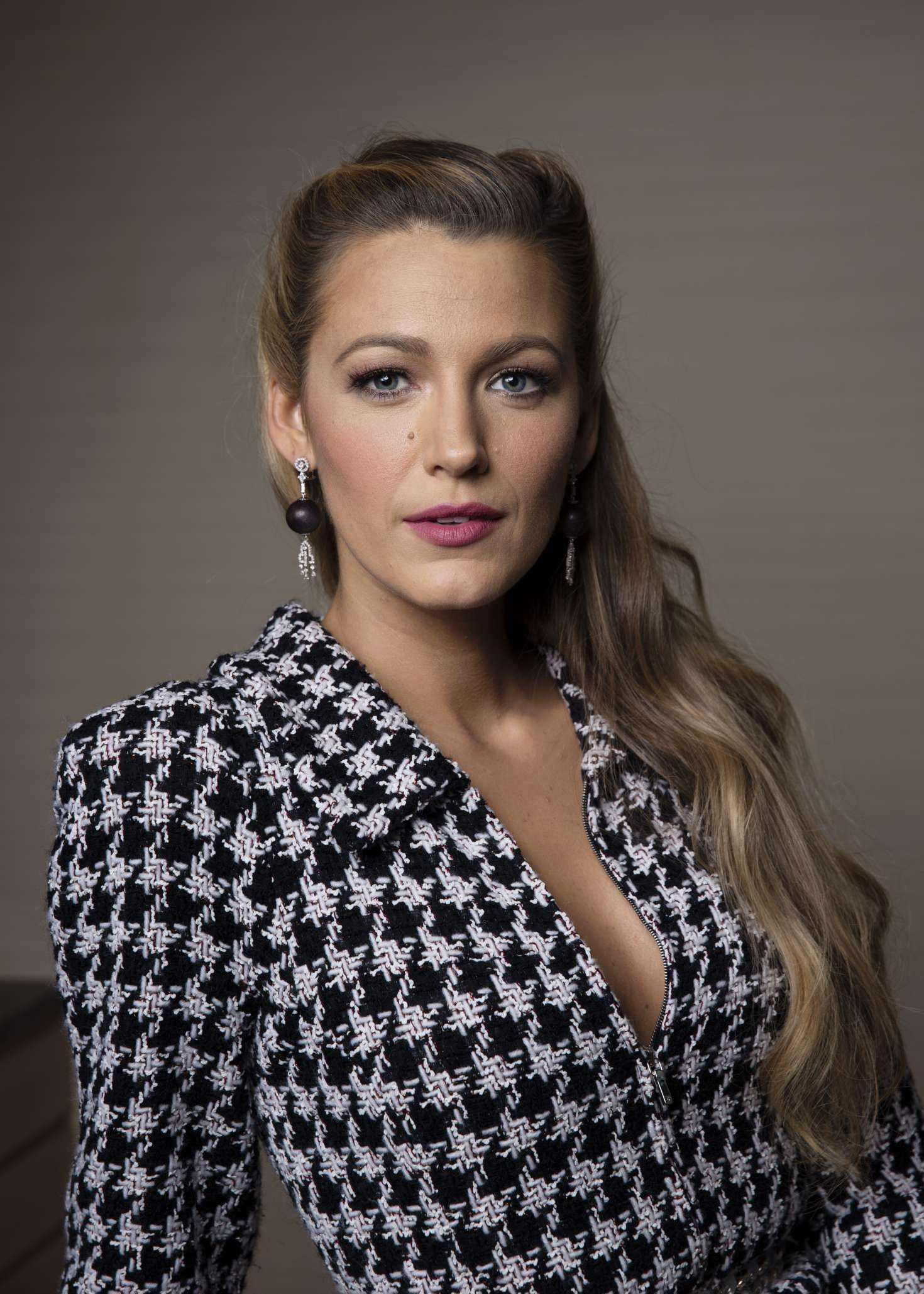 Blake Lively - Taylor Jewell Photoshoot 2017 #blakelively