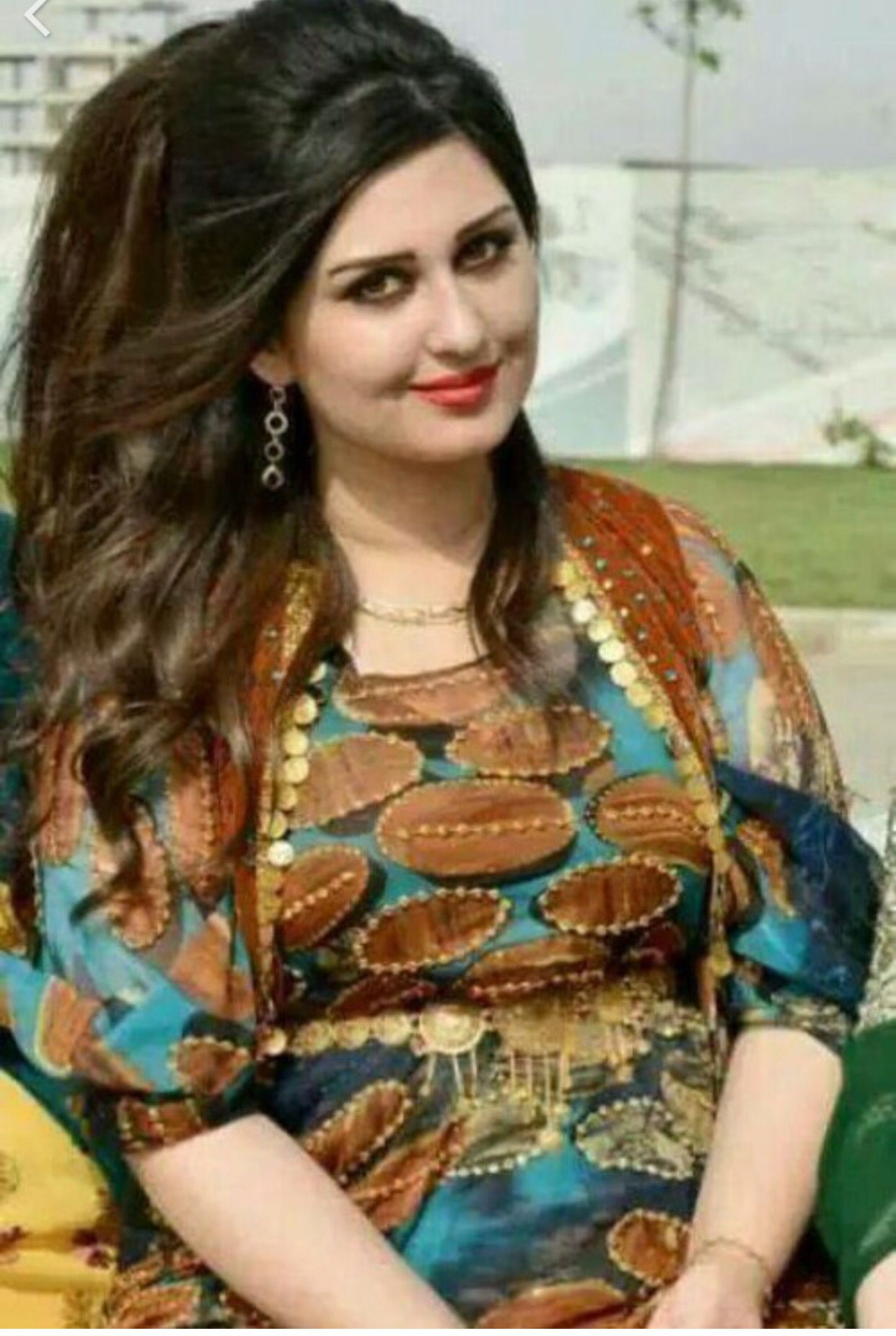 Pin von ٱژوان رحمانی auf دختر کردستان (کچی کوردستان) | Pinterest ...