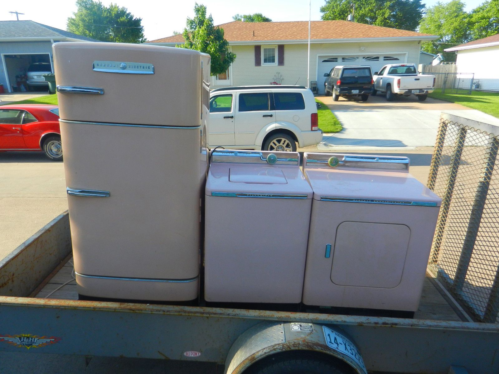 Biscuit colored washer and dryer - Vintage G E 1950s Pink Washer Dryer And Refrigerator Set Ebay