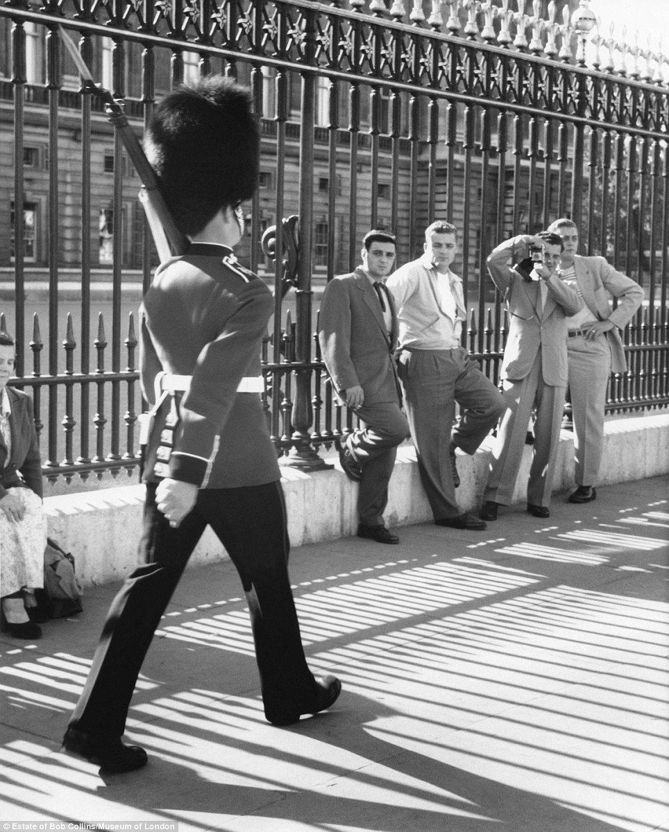 Iconic Images Of London In 1950s And 60s By Street Photographer