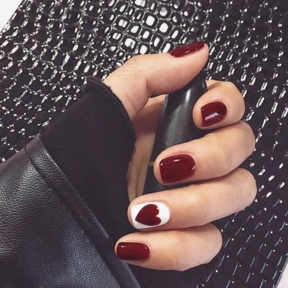 Wine Red Short Nail European Simple Heart Style Manicure Stiletto Nails Coffin Nails Fake Nails In 2020 Simple Gel Nails Red Gel Nails Wine Nails