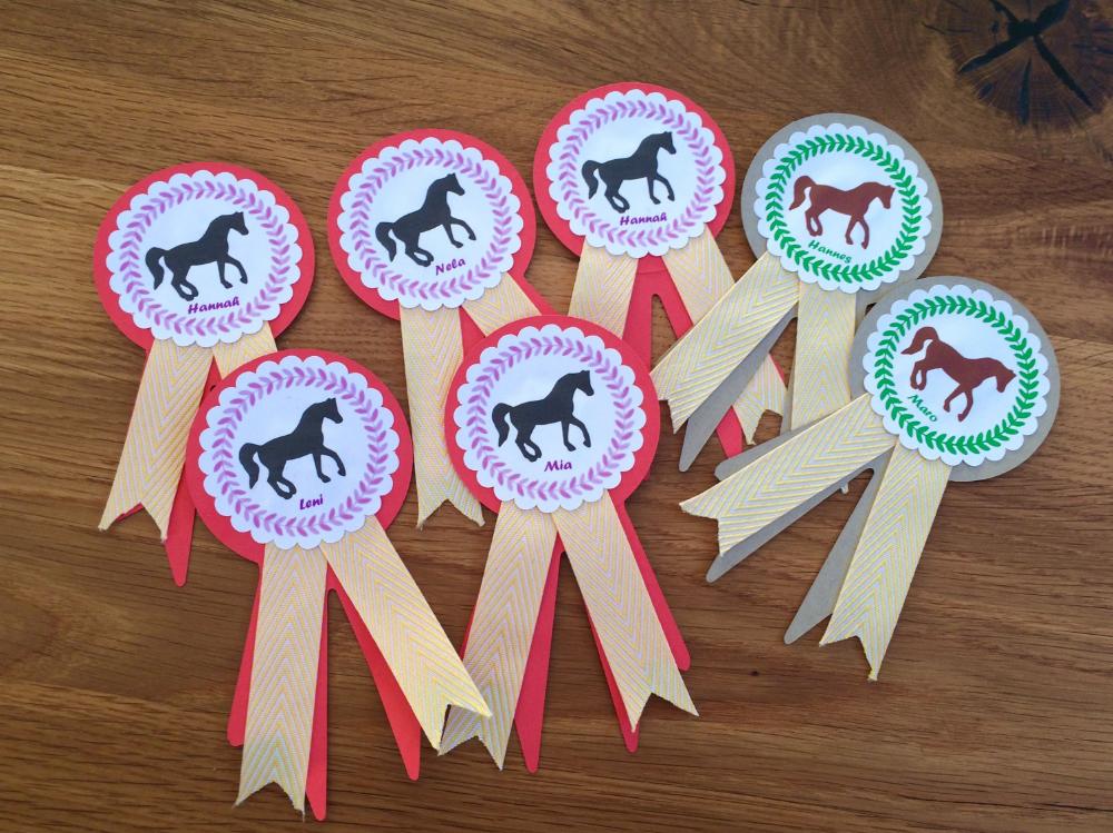 Photo of Tournament loops horse birthday birthday horses plotting invitation cards kids …