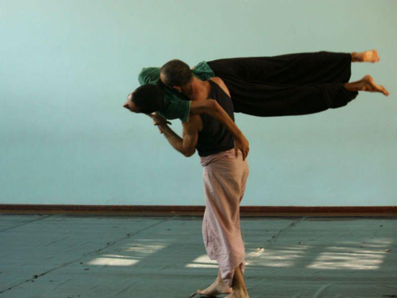Como parte do 6° Encontro Internacional de Contato Improvisação em São Paulo, a Galeria Olido e o Centro de Referência da Dança de São Paulo recebem performances e jams com entrada totalmente Catraca Livre.