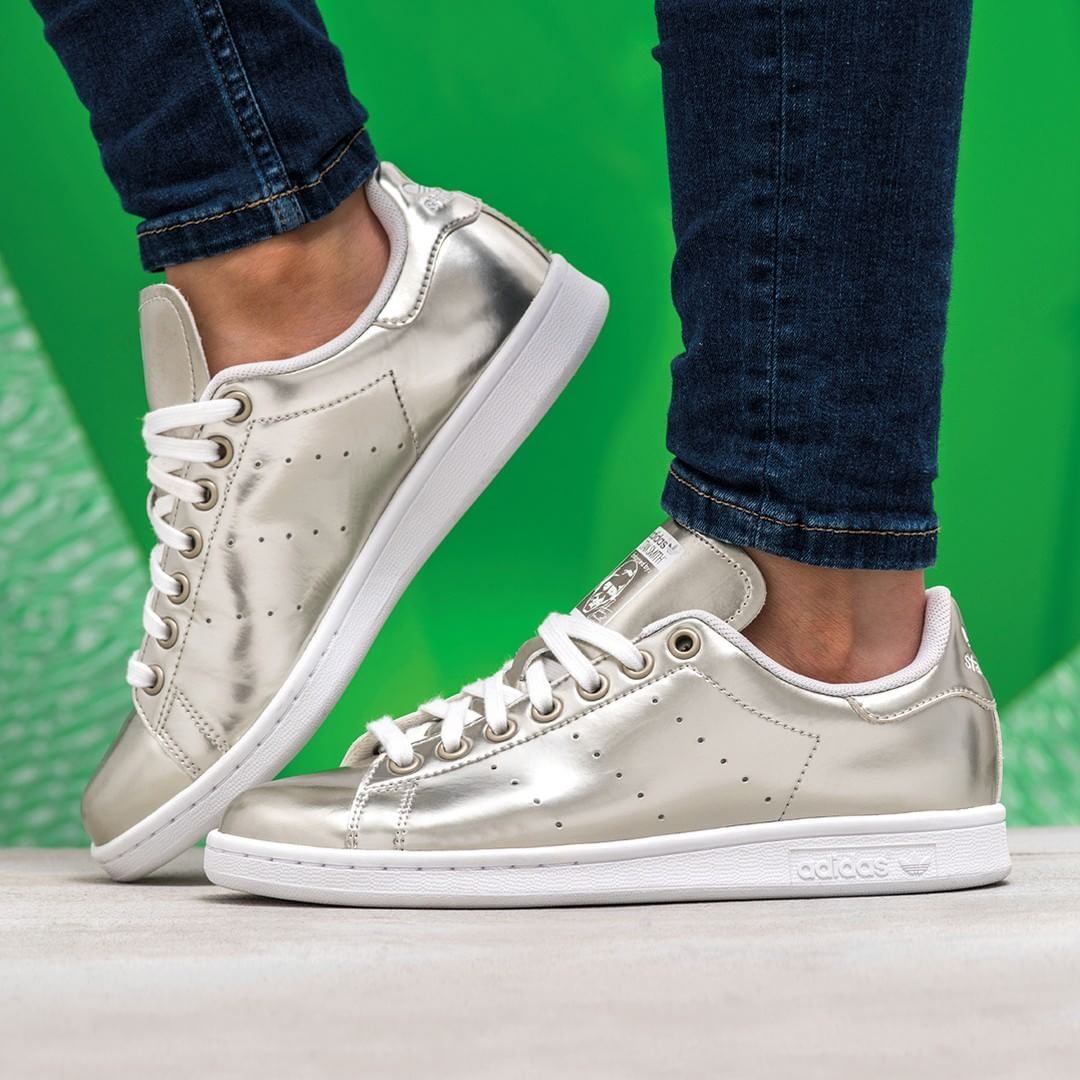 adidas originals stan smith silver sneakers adidas. Black Bedroom Furniture Sets. Home Design Ideas