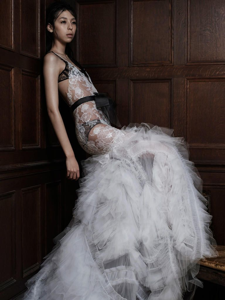 Vera wang shows her new line of sexy wedding dresses in a surprising