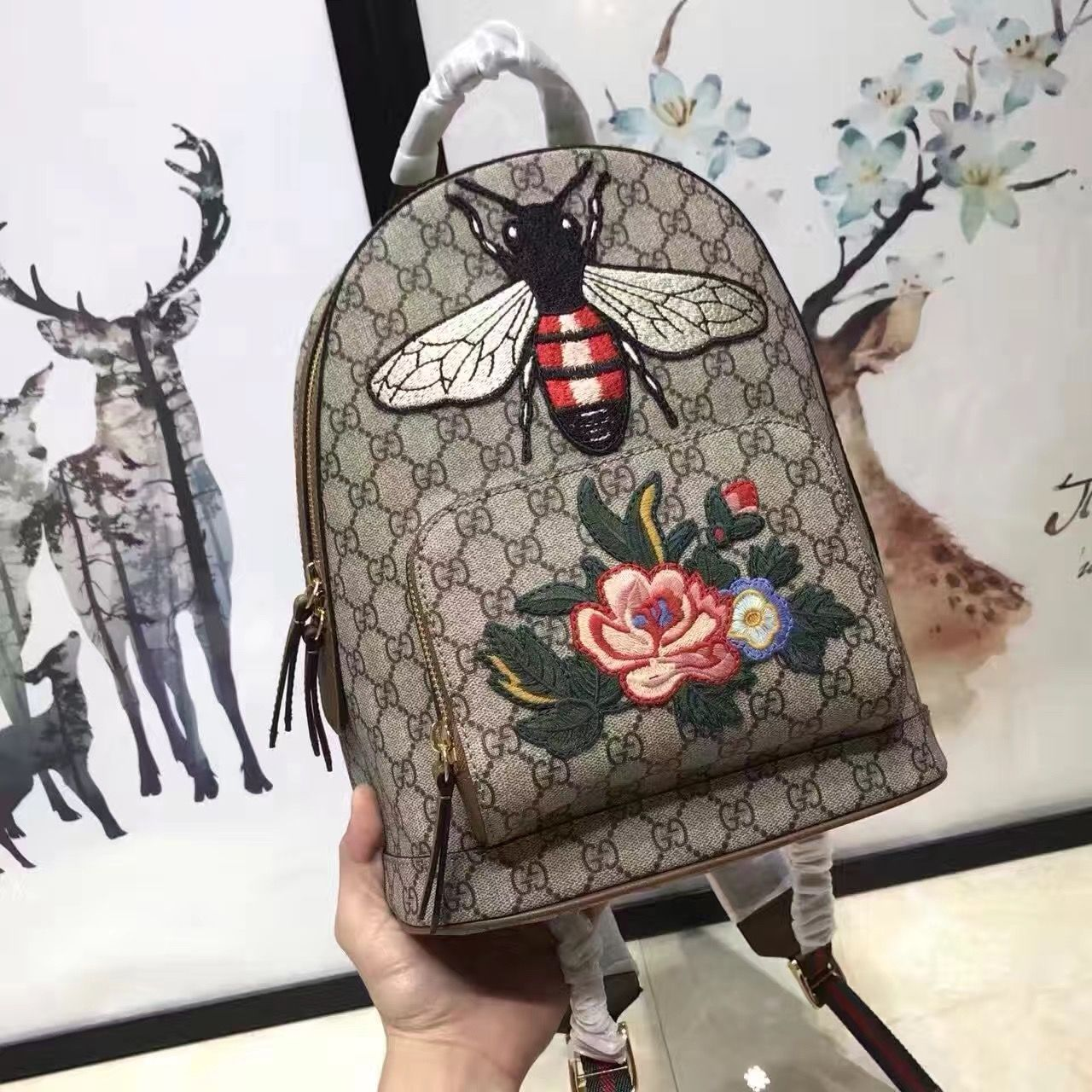 7c041c30a01d Gucci Exclusive GG Supreme Backpack Flower Bee Embroidery 427042 2017