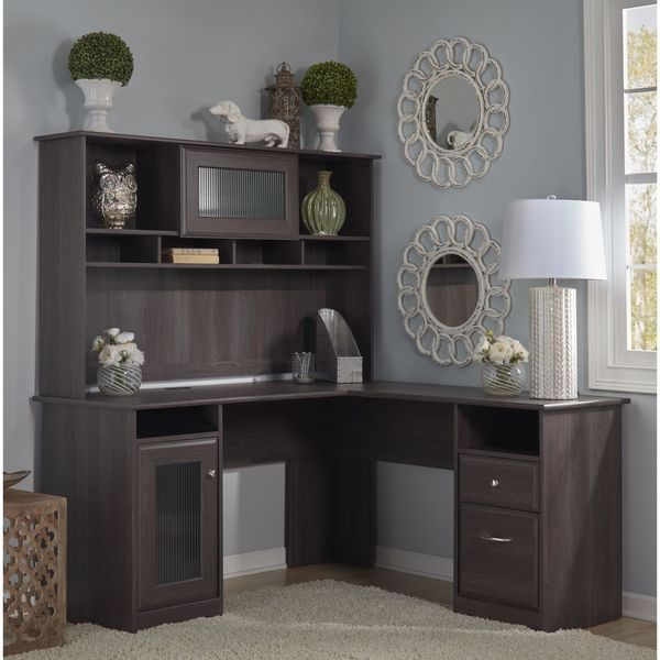 The Bush Furniture Cabot L Shaped Desk With Hutch In Offers A Ious And Efficient Workplace For Your Home Or Office Enjoy Beautiful Traditional Look