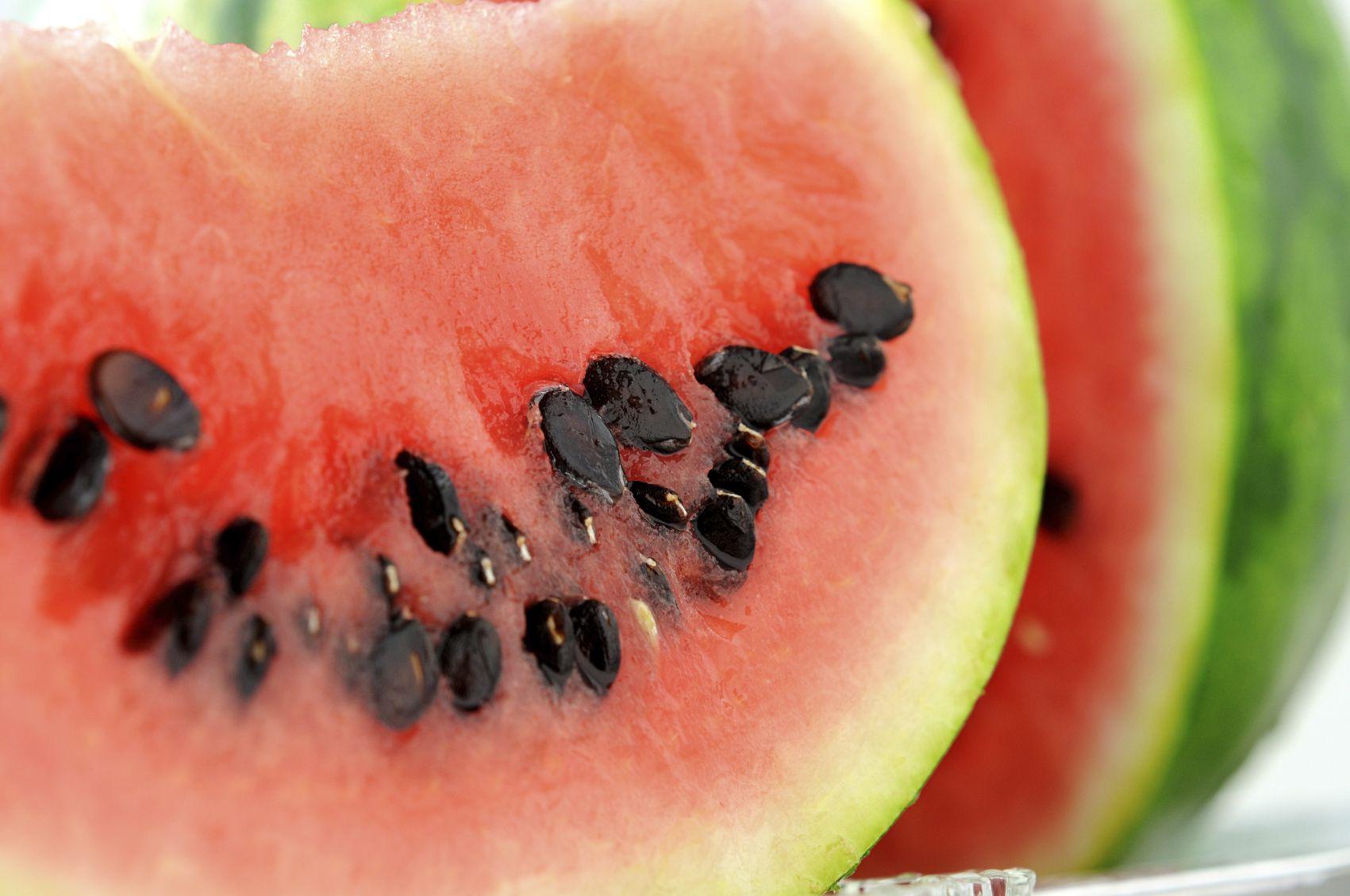 how to grow big sweet watermelons