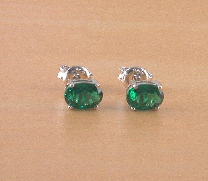 Gemstone Earrings//Silver Emerald Stud Earrings UK//Gift 925 Emerald Lab Created