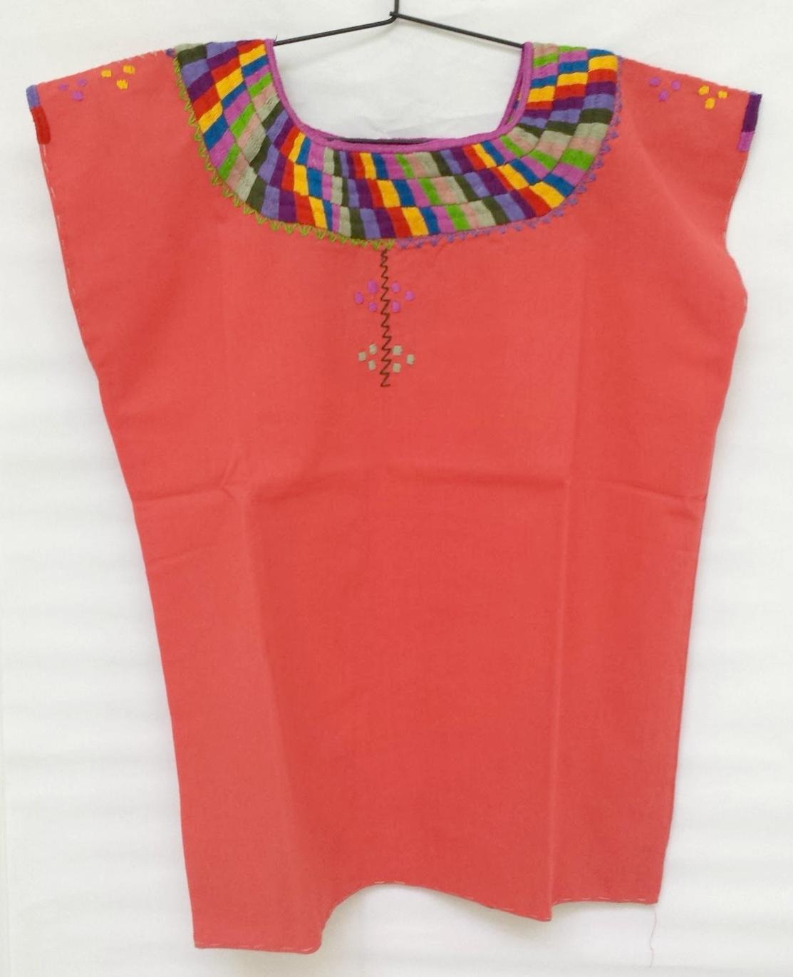 9e818f713 Blusa con cuello bordado