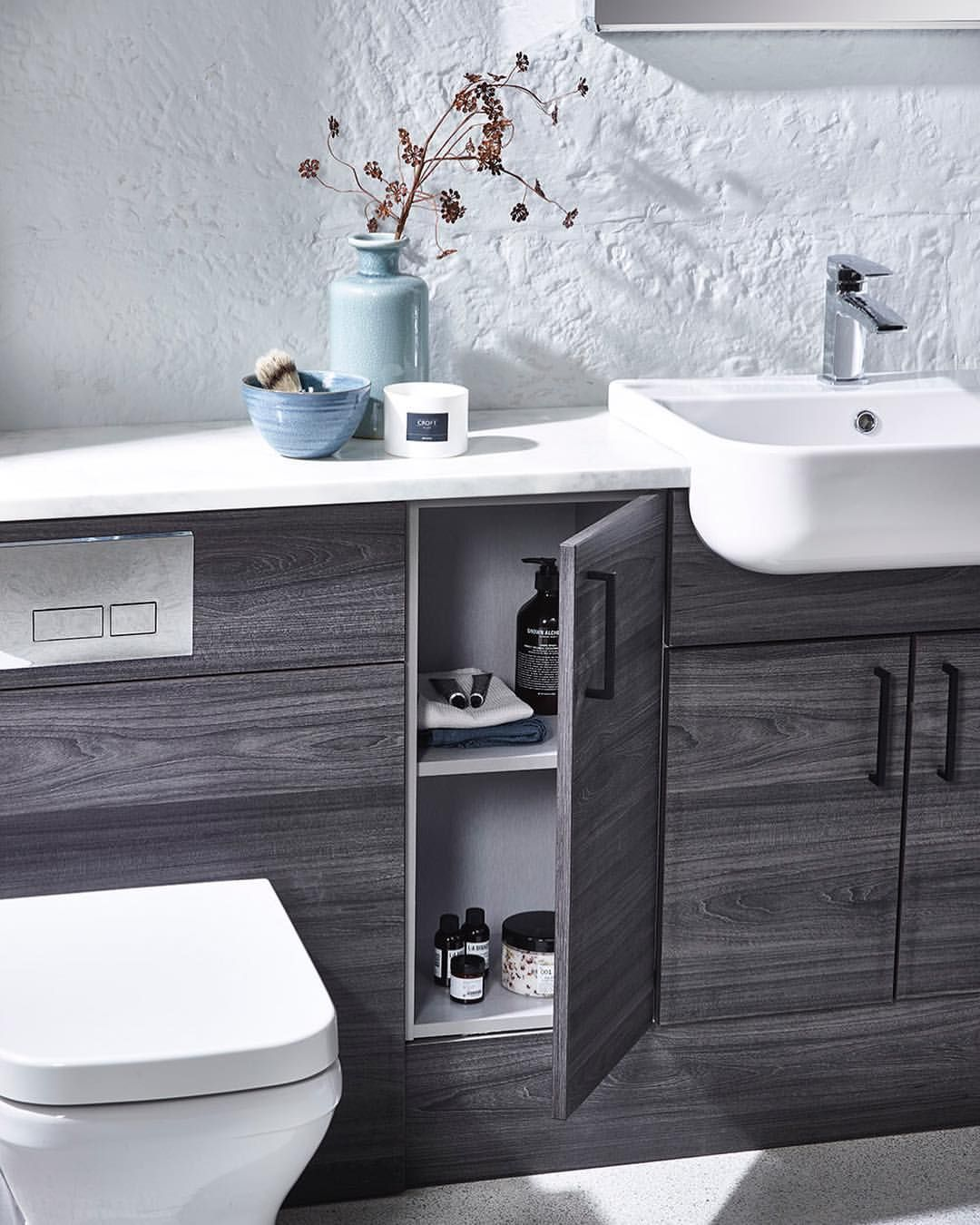 Vanity Units Are A Great Way To Keep All Your Bathroom Clutter Out Of Sight Tecaztrends Bathr Fitted Bathroom Bathroom Furniture Vanity Bathroom Furniture