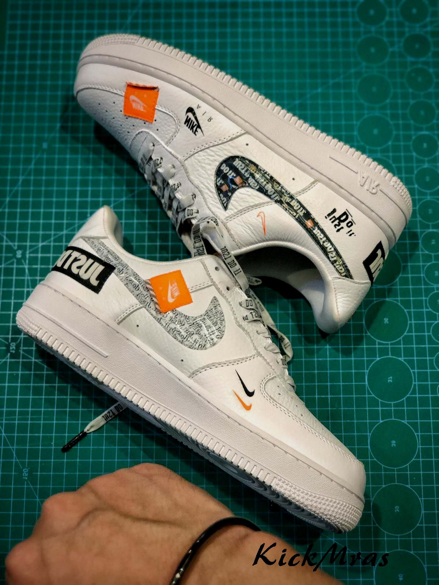 Nike Air Force 1 Jdi Prm Just Do It Pack Fashion Shoes 2020 Fall Winter Trends In 2020 Nike Casual Shoes Nike Nike Fashion Shoes