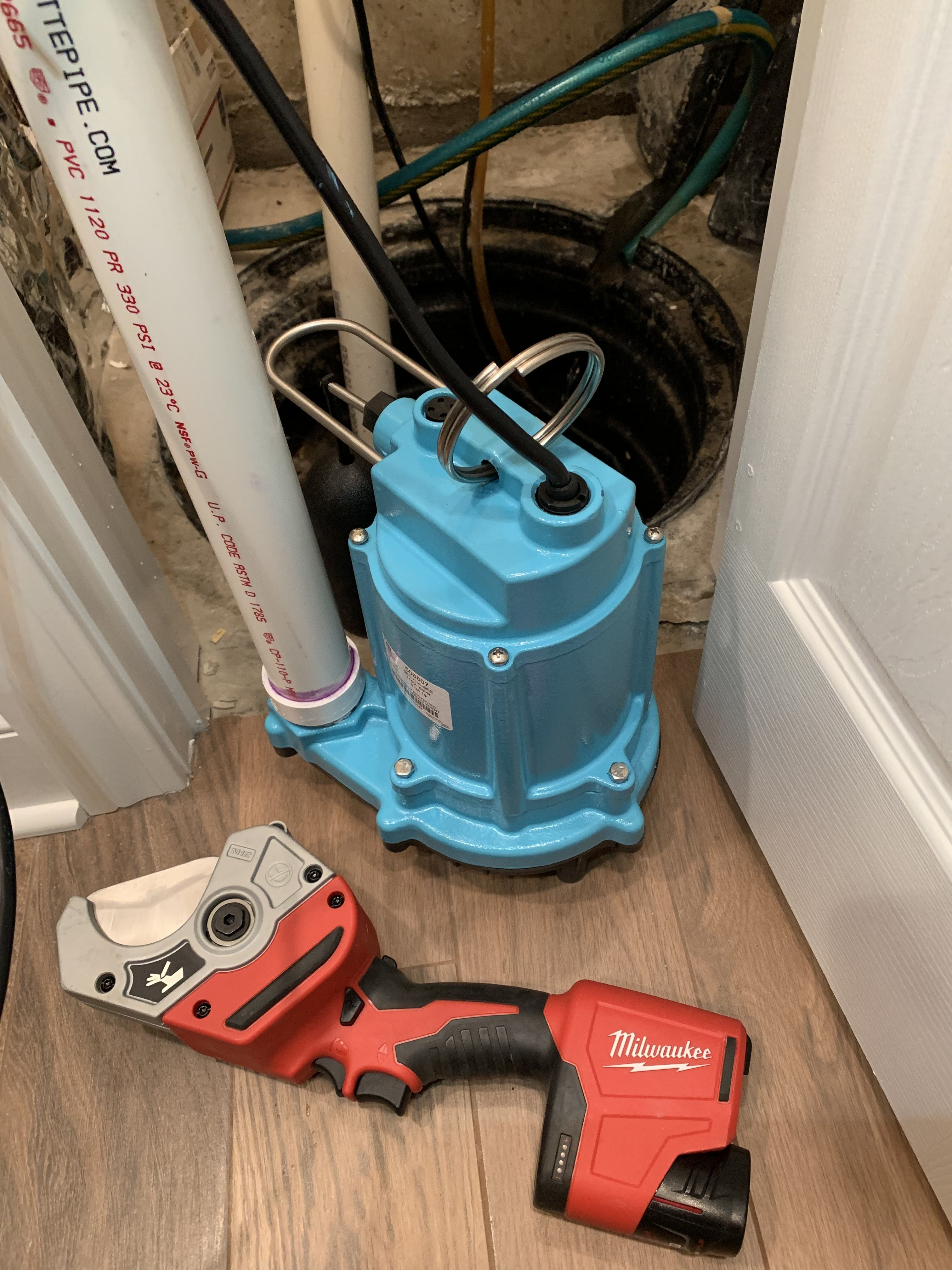 Sump Pump Replacement Installation With Little Giant Submersible Pump Basement Waterproofing Sump Pump Sump Pump Installation Submersible Pump