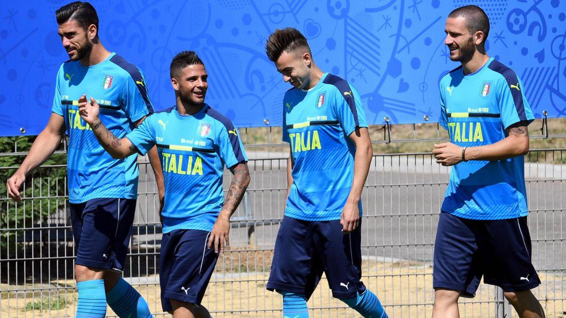 Italia, sorridenti e concentrati gli Azzurri preparano la