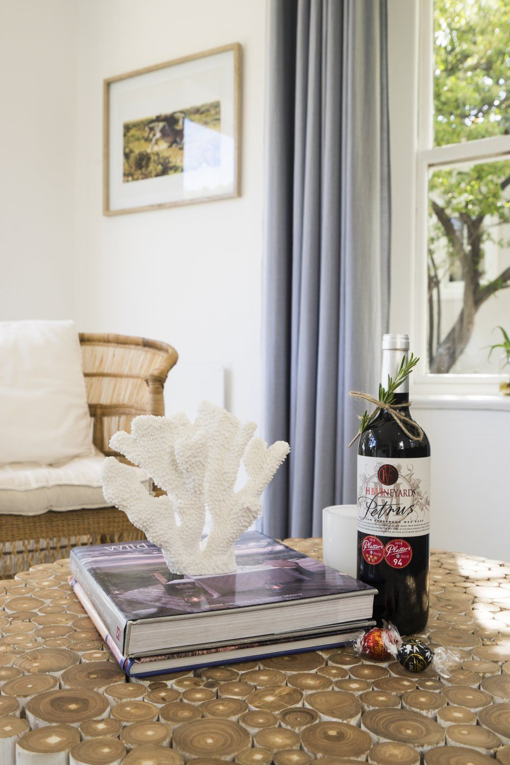 Complimentary wine when staying athe Owl Cottage