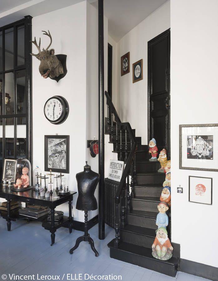 L\'escalier peint en noir | favorite rooms spaces places | Pinterest ...