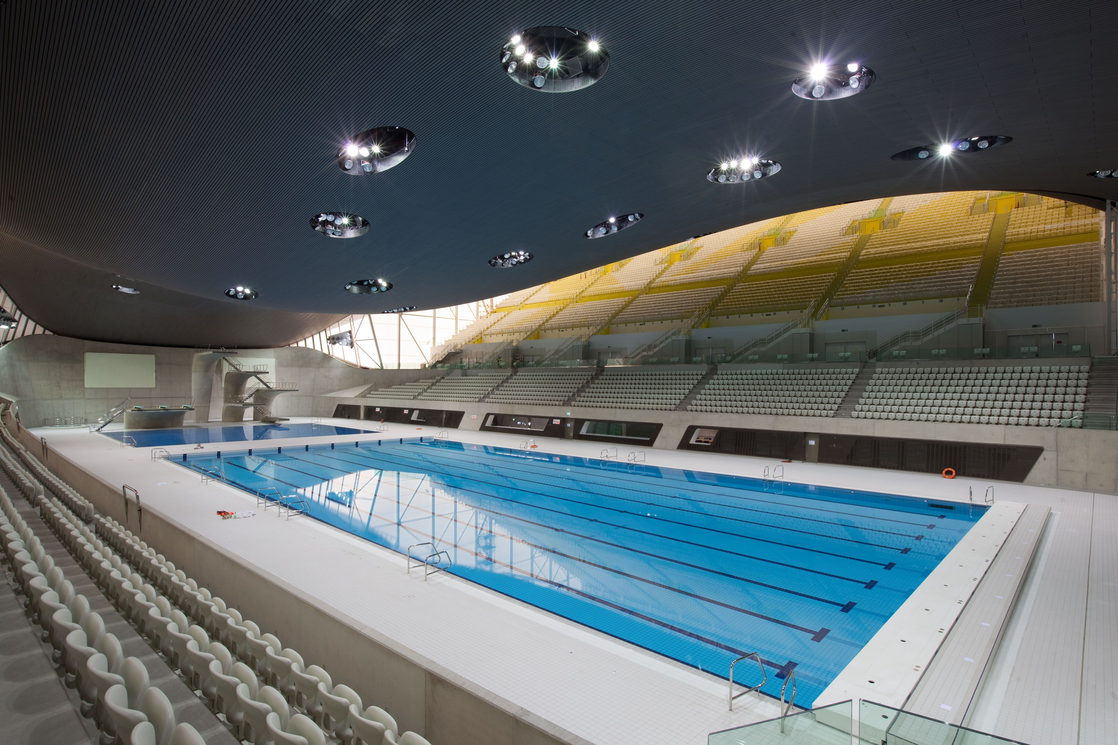 Attrayant A View Of The Main Swimming Pool In The Breathtaking Aquatics Centre, One  Of The Permanent Venues Specially Constructed For London Designed By ...