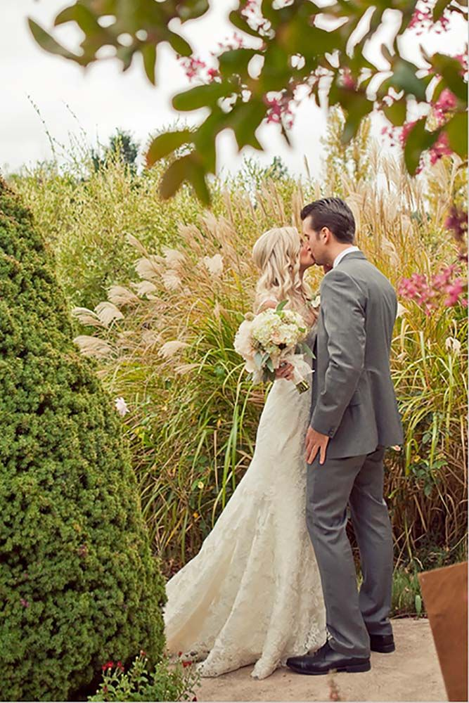 20 Popular Wedding Photo Ideas For Unforgettable Memories See More