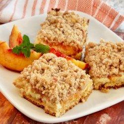 Peach Cobbler Cheesecake Bars #peachcobblercheesecake