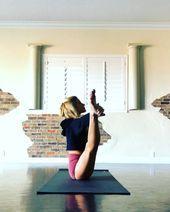 Fun Yoga Flow @yoga_ky   Yoga class flow. Fire fly pose. Middle split. #flexibility #yoga #fitness...