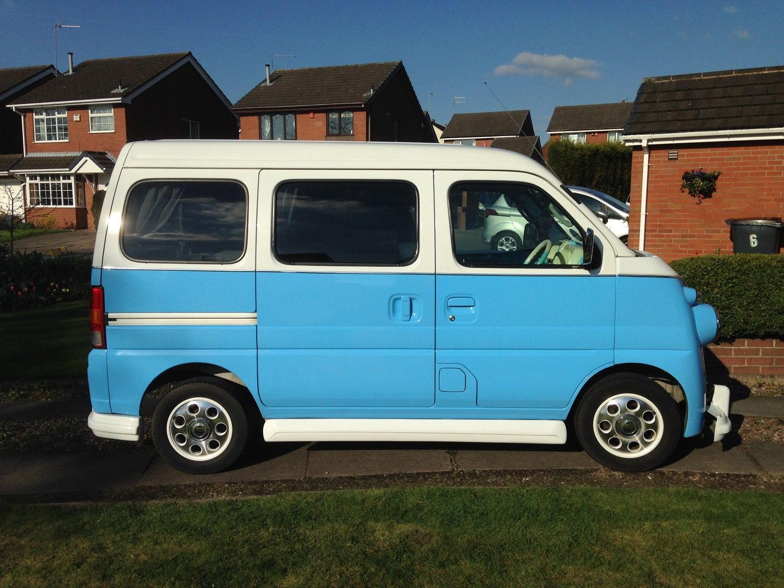 Suzuki Every VW Camper Van Homage | Vw camper vans, Vw and Vehicle