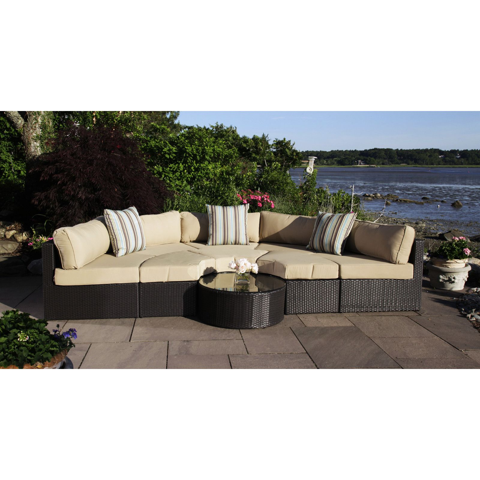 Madbury Road Santorini 5 Piece Daybed Set with Cushions