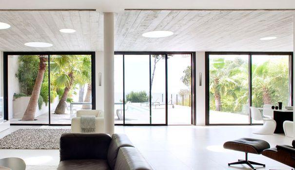 baie vitr e inspiration pour un int rieur lumineux d co pinterest baies vitr es c t. Black Bedroom Furniture Sets. Home Design Ideas