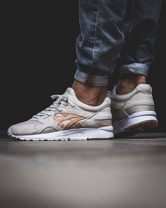 Asics Gel-Lyte V  Whisper Pink Sand  PLANET PACK RELEASE Thursday ... ceb8f780cd3