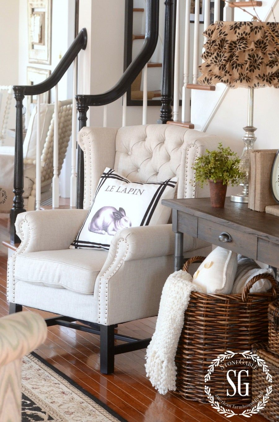 Foyer Accent Chairs : Friday favorites foyers decorating and stone