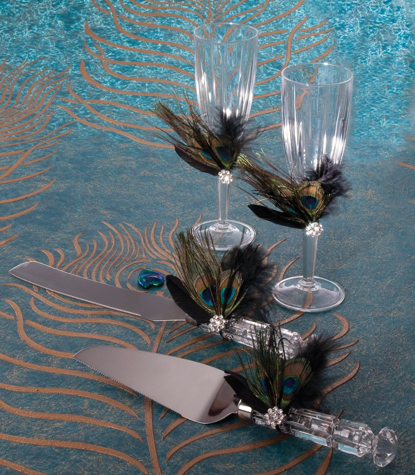Peacock wedding centerpieces theme