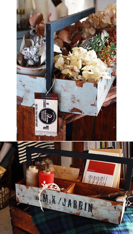 今日は100円グッズを組み合わせて簡単☆スグデキ!おかもち風ジャンクボックスの作り方を紹介します^^長年使われていたような味わいのある風合いが、ドライフラ...