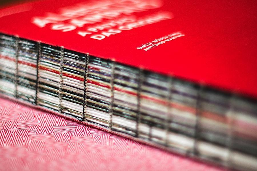 Editorial Design Inspiration: Alberto Sampaio's Photobook | Abduzeedo Design Inspiration