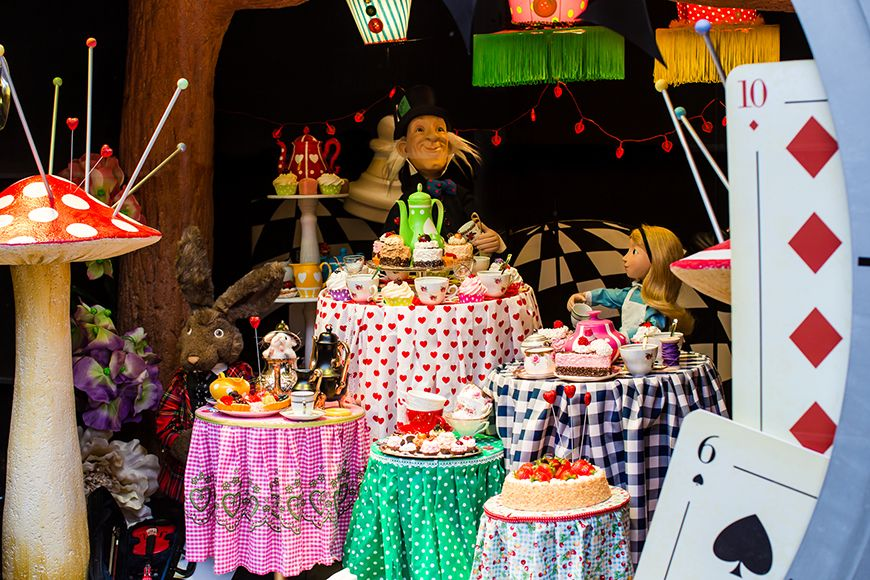 Christmas Party Ideas Newcastle Part - 45: Fenwick Newcastle Christmas Window - Alice In Wonderland