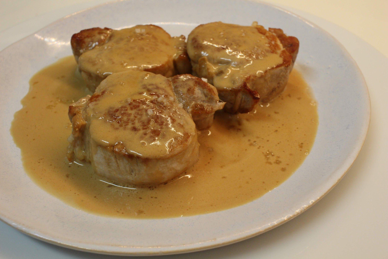 Filet mignon à la sauce au porto Le filet mignon à la sauce au porto est facile et rapide à préparer et délicieux avec des champignons...