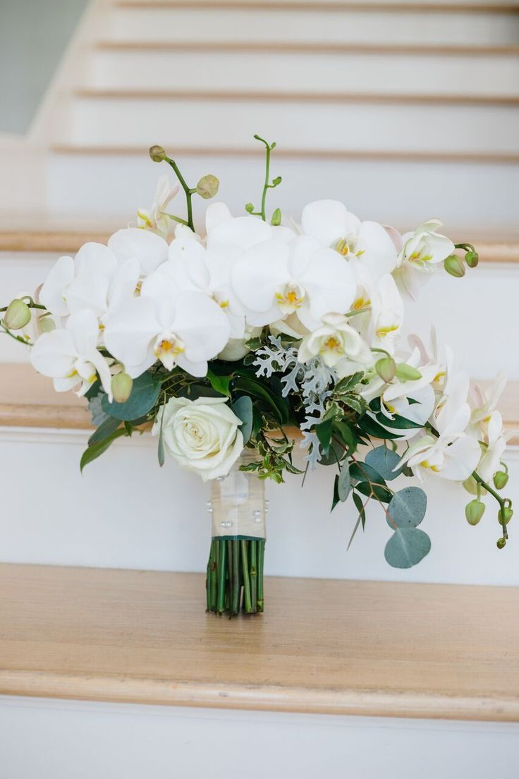 Classically Elegant Black And White Florida Wedding By The Beach