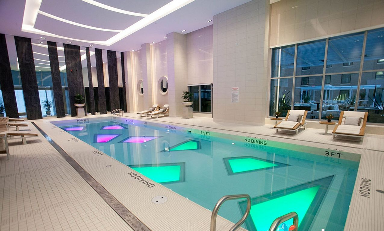 35+ Awesome Minimalist House With Beautiful Indoor Swimming Pool ...
