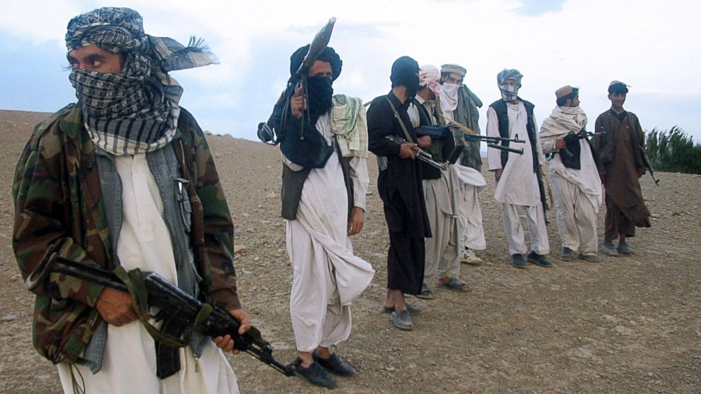I Decided To Pin This Photo Of The Taliban Because Through The Whole Novel The Taliban Constantly Cr Afghanistan War Afghanistan Afghanistan Taliban