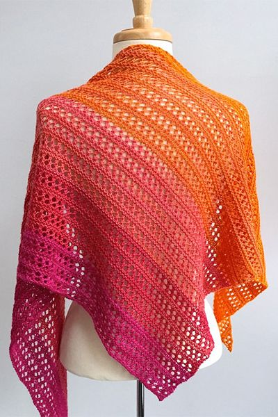 Herald shawl knitting pattern from Woolenberry