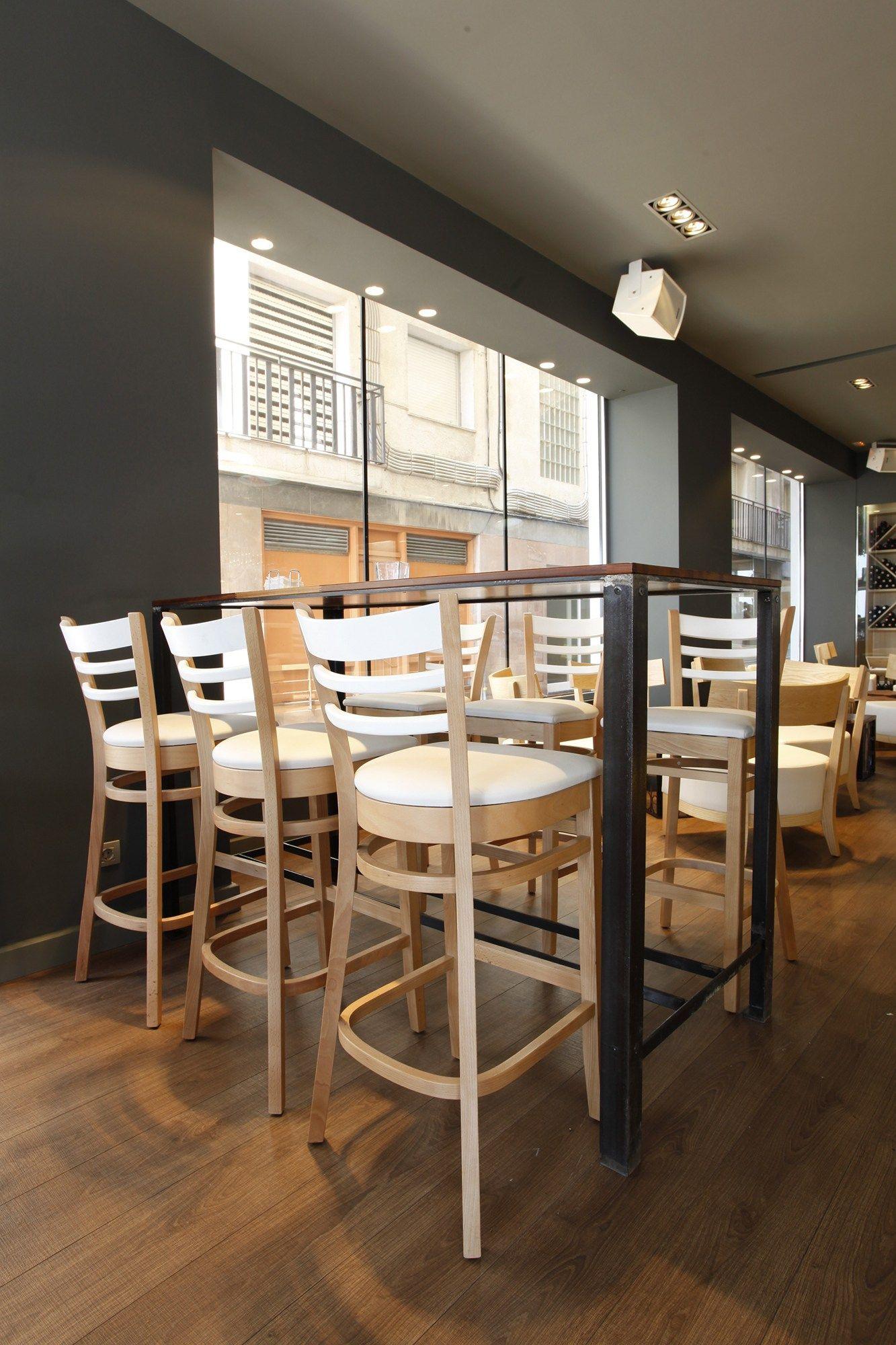 Va de catas restaurante exterior blanes dise o for Sillones exterior diseno