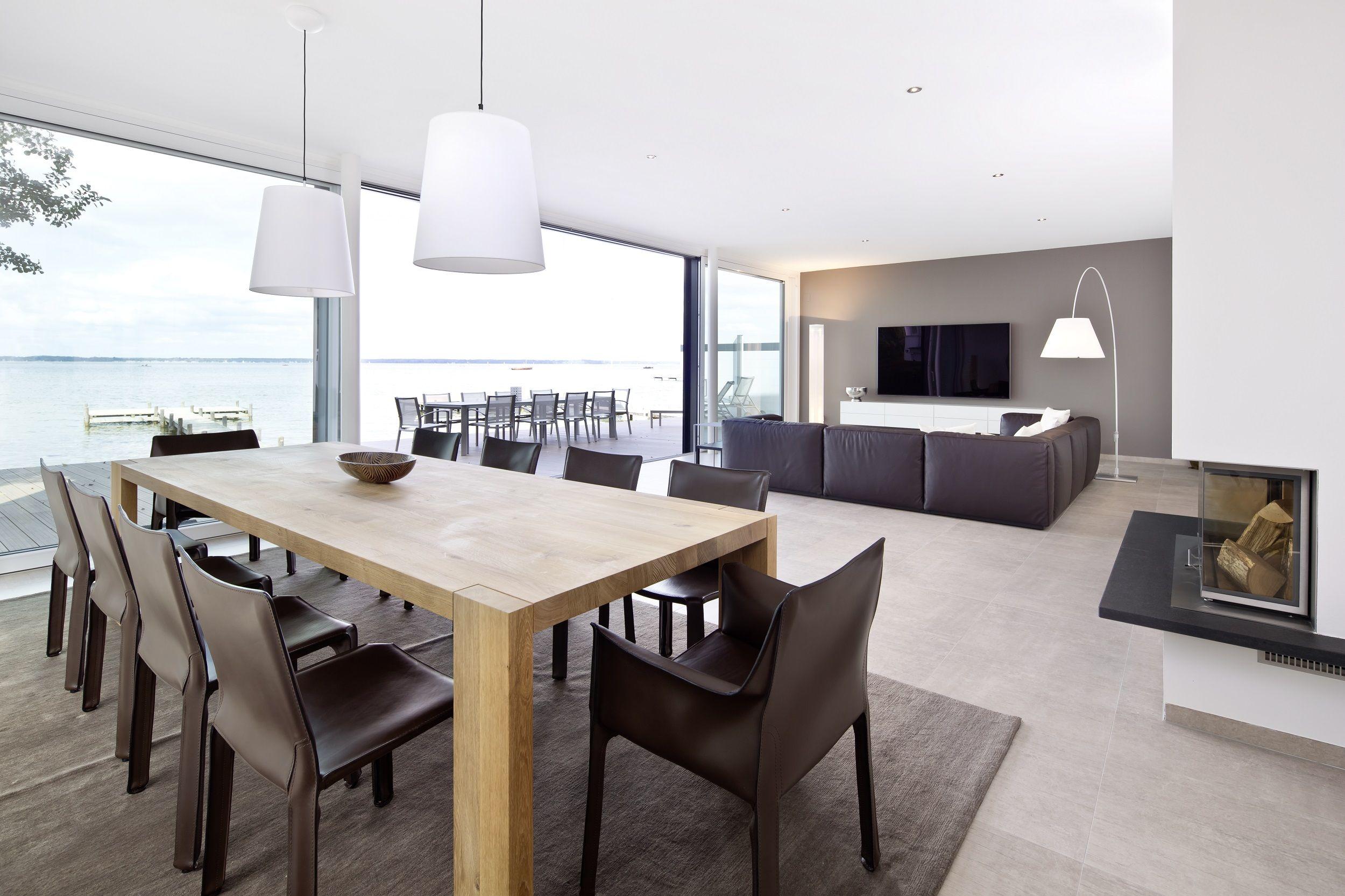 k che ess und wohnbereich sind offen gestaltet und l f rmig miteinander verbunden das. Black Bedroom Furniture Sets. Home Design Ideas
