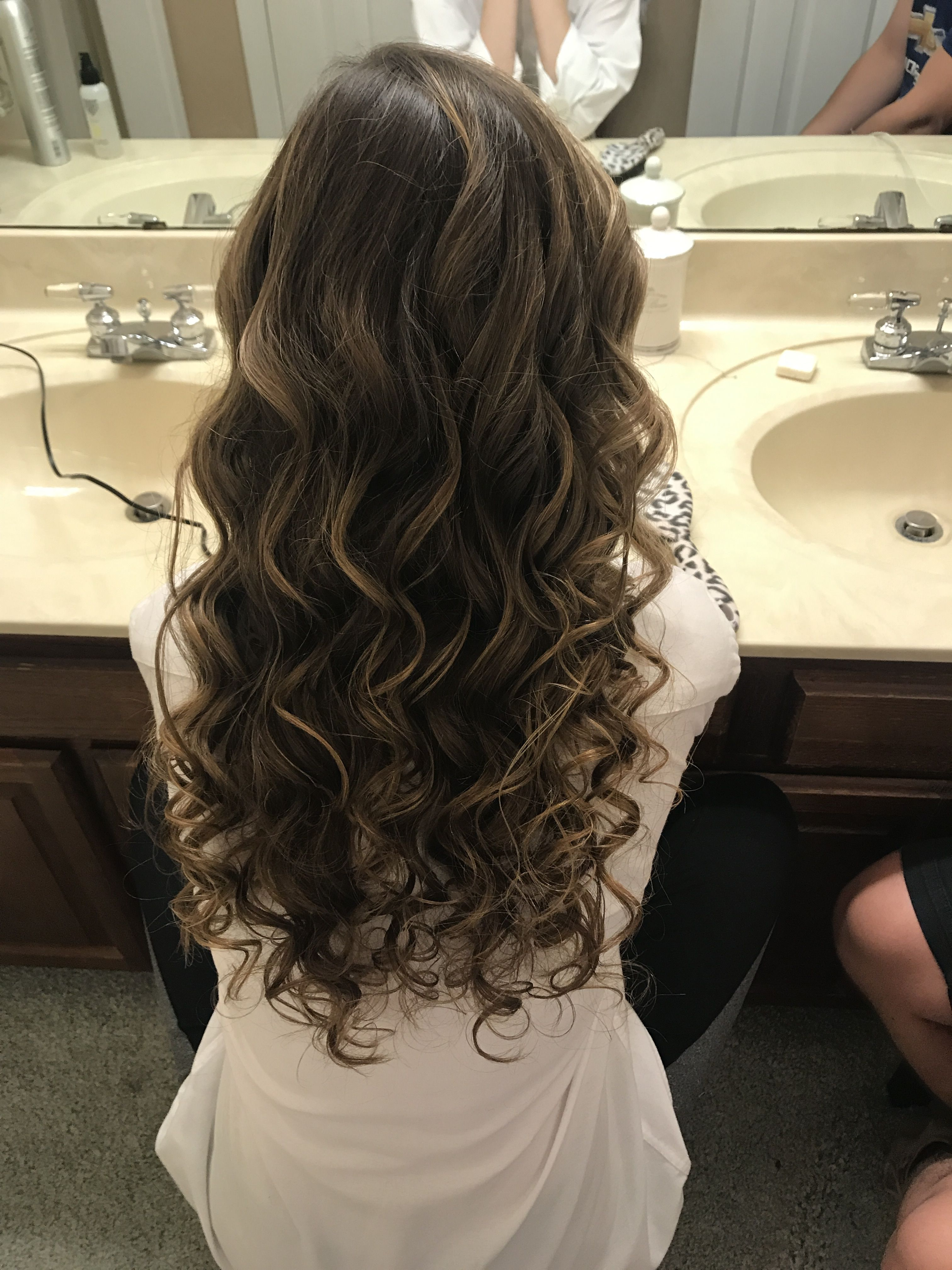 Homecoming hair curls homecoming prom highlights dance curly
