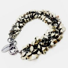 Glowybox Moss  bacelet  Statement Glamour Bracelet Moss shines with sparkling Swarovski crystals in special touches exceptional luxury. €259.00 New structures and perception of jewelry. Rounds guaranteed each outfit glamorous