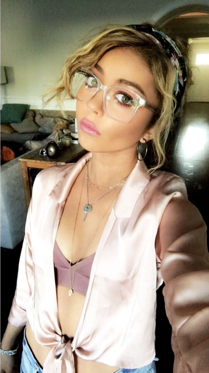 Why Am I So Obsessed With These Glasses Sarah Hyland Sarah H Girl