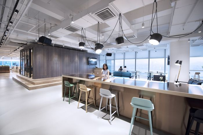 Office tour warner music hong kong headquarters for Buro interior