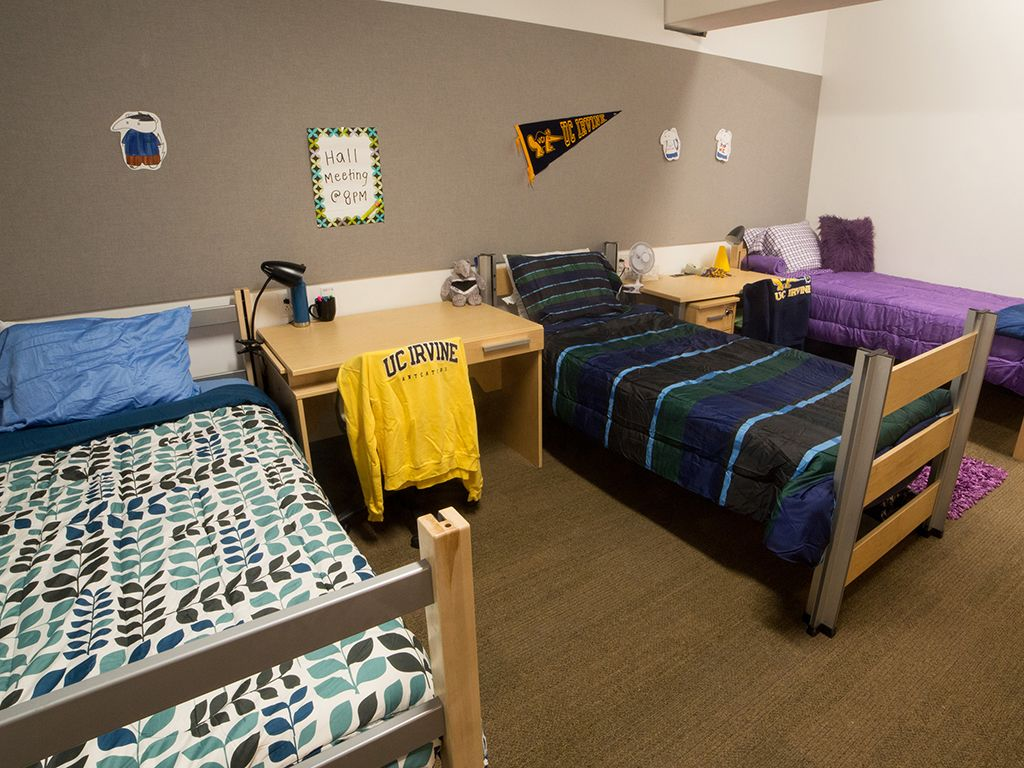 4 Bed Dorm Room Layout