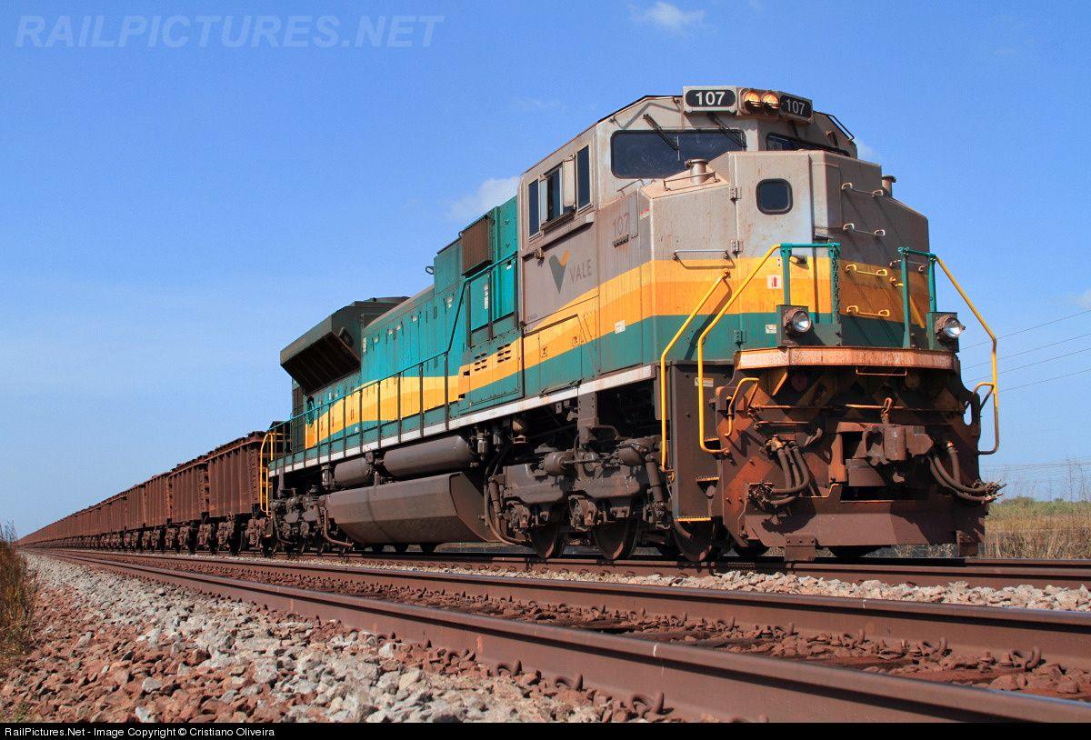 Foto RailPictures.Net: EFC 107 EFC - Estrada de Ferro Carajás EMD SD80ACe no Campo de Perizes, Maranhão, Brasil por Cristiano Oliveira