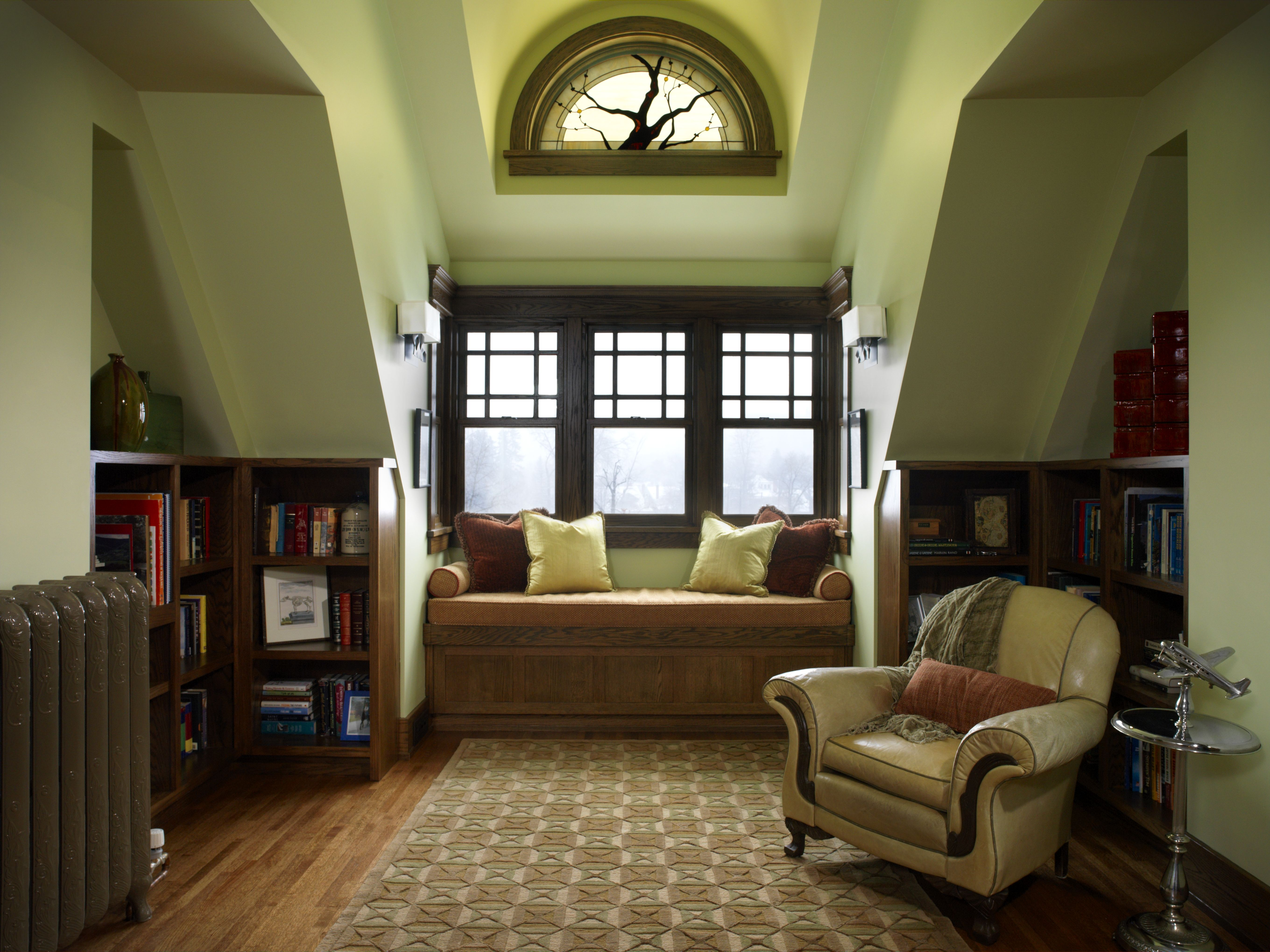 Arts and crafts style windows - A Reading Nook In A Rennovated Craftsman Home In Calgary