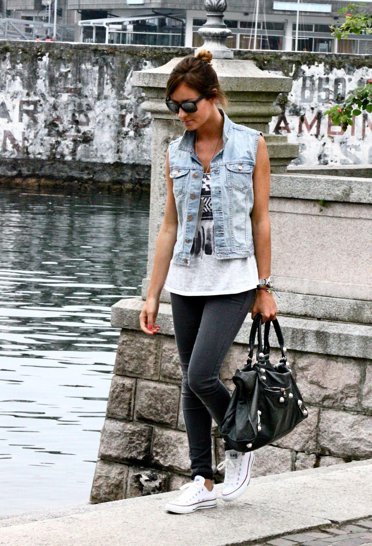 H  Camisas / Blusas, Forever21forever21  Camisetas de tirantes and Topshoptopshop  Pantalones