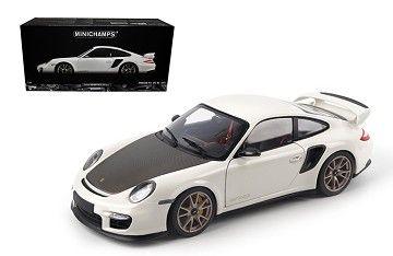 Minichamps 1/18 2011 Porsche 911 997 II GT2 RS White